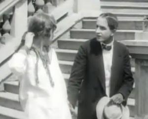 A still from Yevgeni Bauer's 1917 film Za schastem with Lev Kuleshov and Tasya Borman.