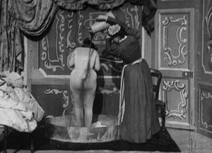 Apres_le_bal_(Star_Film_128,_1897)