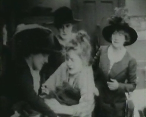 Intolerance,_1916, Mae Marsh