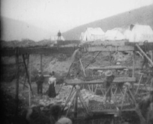 gold-rush-scenes-in-the-klondike